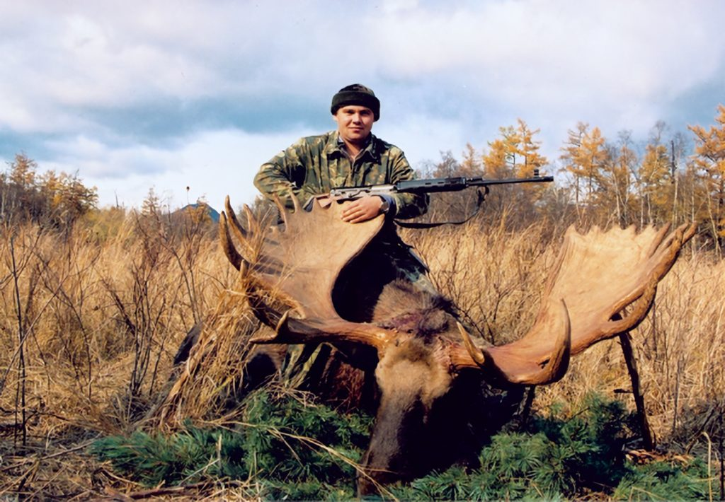 kamchatka trophy hunts fall moose hunts